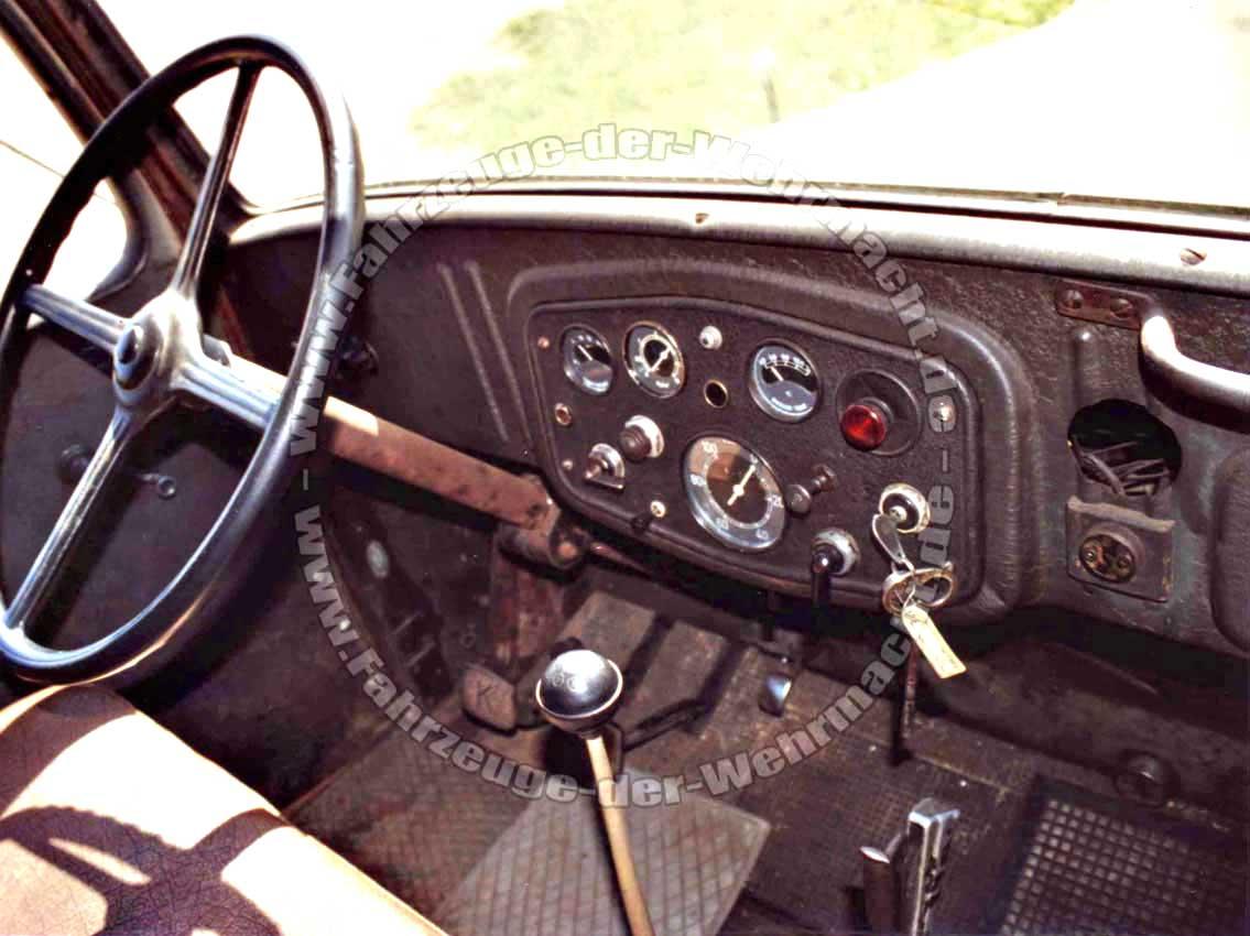 [IMG]http://fahrzeuge-der-wehrmacht.de/Bilder/Mercedes-Benz_3000S_Ni_07-1.jpg[/IMG]