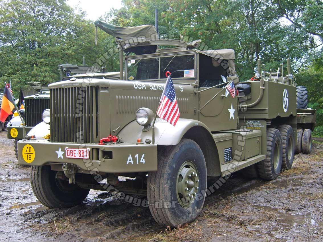 tanks in town 2011 fahrzeuge der. Black Bedroom Furniture Sets. Home Design Ideas